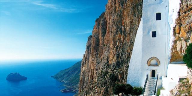 Μεταξύ των δημοφιλέστερων μνημείων στην Ελλάδα το Μοναστήρι της Παναγιάς της Χοζοβιώτισσας