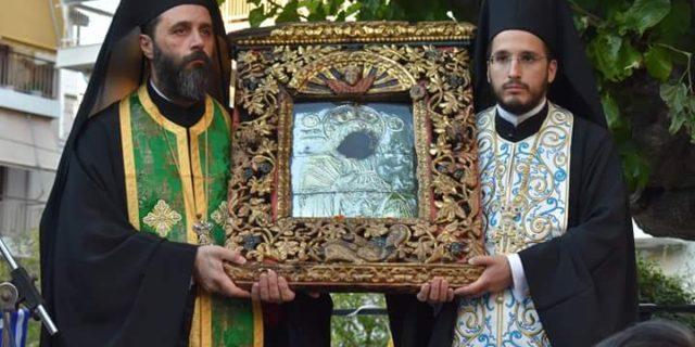 Η λαμπρή υποδοχή της εικόνας της Παναγιάς της Χοζοβιώτισσας στον Βύρωνα