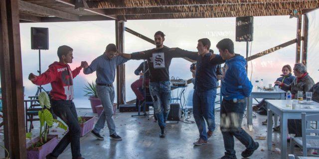 Γλέντι και χορός προς τιμήν του Αγίου Νικολάου