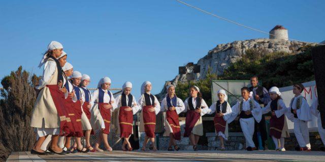 Η καρδιά της παράδοσης χτυπά στα Μουσικοχορευτικά Μονοπάτια