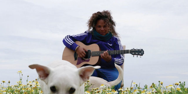 Η Ματούλα Ζαμάνη γράφει για την δική της Αμοργό