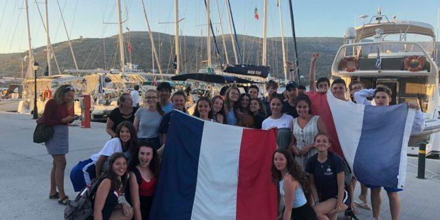 Oι Γάλλοι πανηγυρίζουν στην Αμοργό την νίκη τους στο Μουντιάλ!