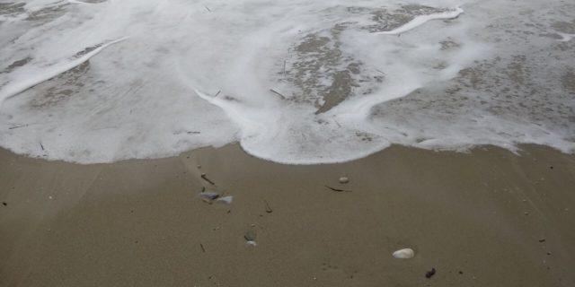 Όταν η θάλασσα ζωγραφίζει...