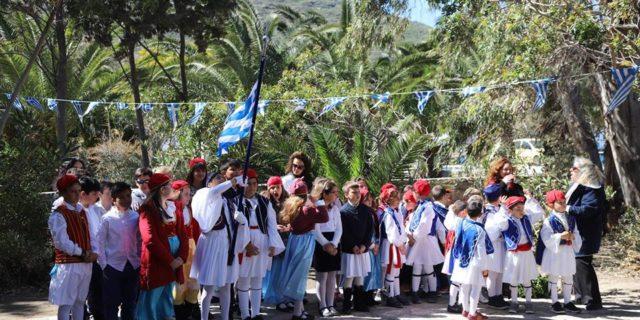 Στο ξωκκλήσι της Ευαγγελιστρίας και στα Κατάπολα γιόρτασαν οι αμοργιανοί τη σημερινή ημέρα